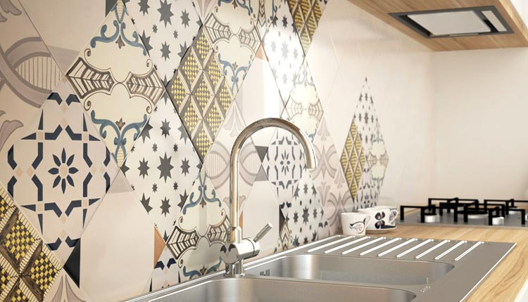 Cucine ristrutturate - Cucina Piastrelle Decorative