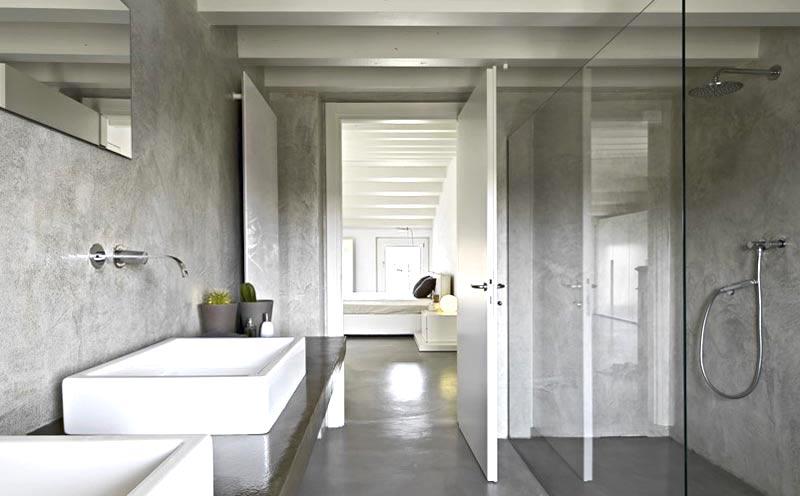 Resina e cemento in bagno