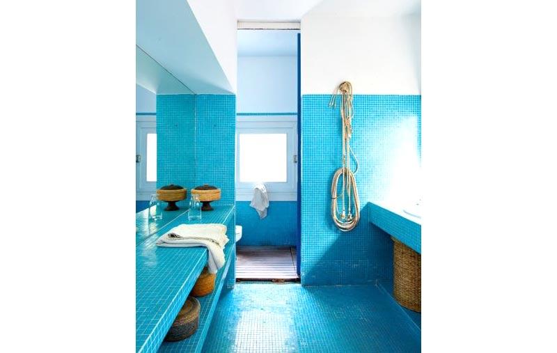 Progetto restauro bagno con colori azzurri