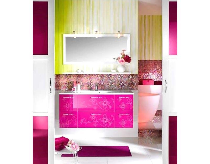 Progetto restauro bagno con diverse sfumature di colori