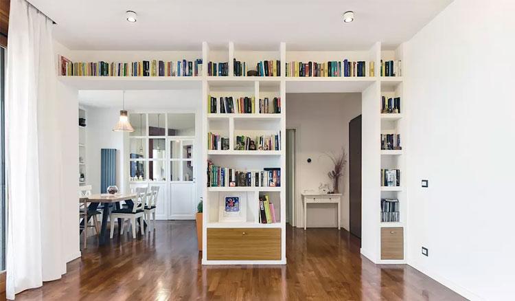 Libreria a ponte in cartongesso soggiorno foto