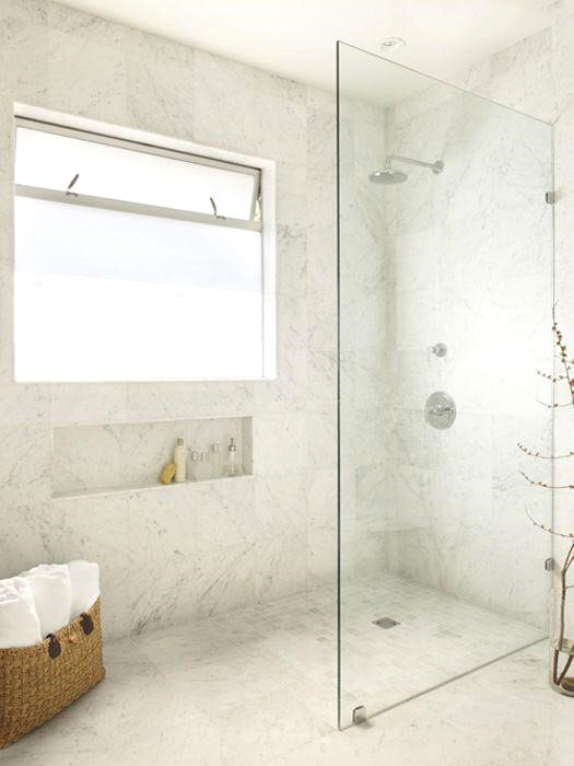 marmo per il piatto doccia a filo pavimento