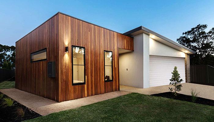 Ampliamento casa con realizzazione di casette in legno