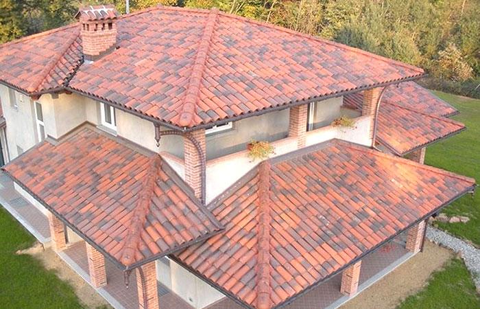 copertura tetto di una casa di campagna