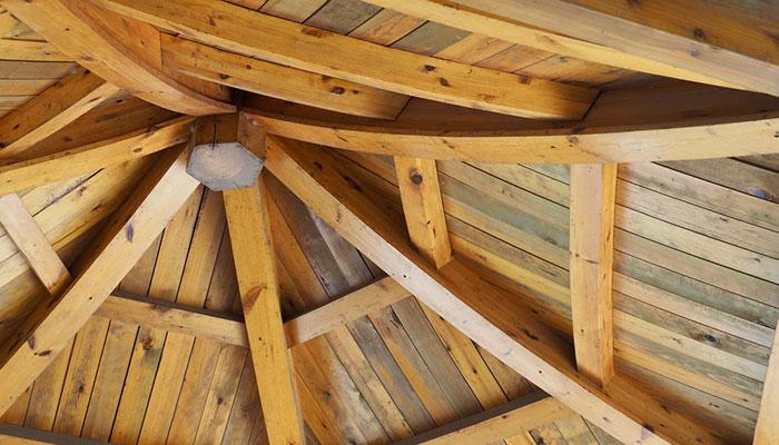 legno abete utilizzato per il rifacimento del tetto