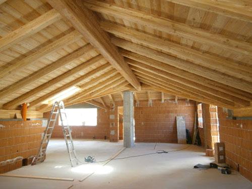 ristrutturazione tetto con legno larice